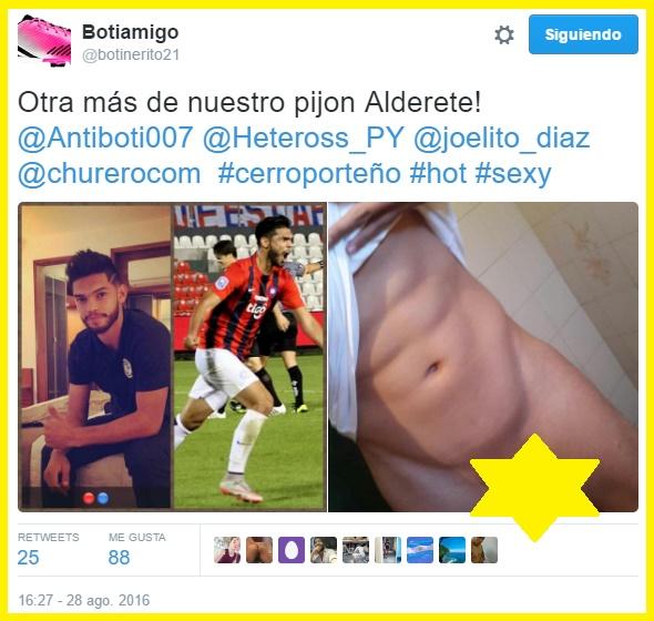 El futbolista de la tercera pierna sigue repartiendo fotos de su alargado pene?