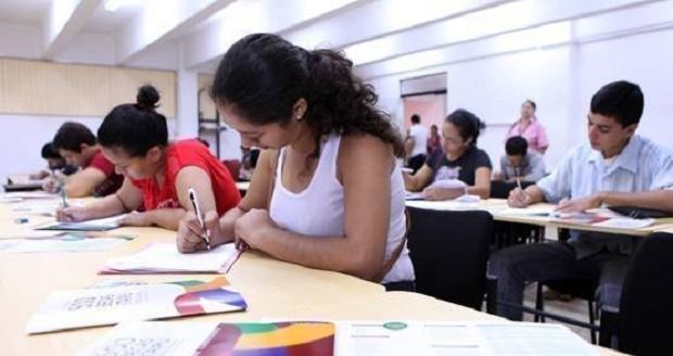 Area Social ofrece becas para estudiantes asuncenos hasta este 2 de setiembre.