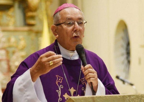 """Monseñor Edmundo: """"se busca instalar una agenda política y mediática virulenta y anticristiana"""""""